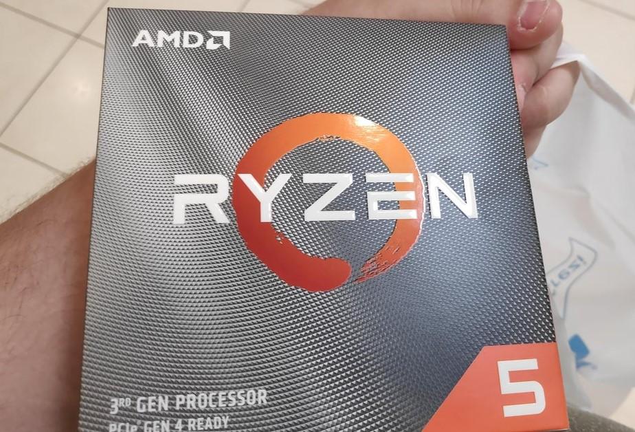 Mở hộp AMD Ryzen 5 3600X