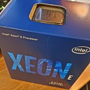 Intel Xeon E-2136 Tin học Đại Việt