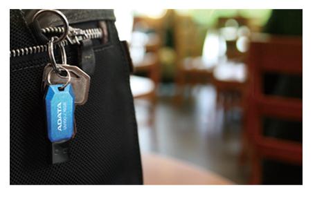 USB Adata 16Gb UV100 2.0 tin hoc dai viet_1