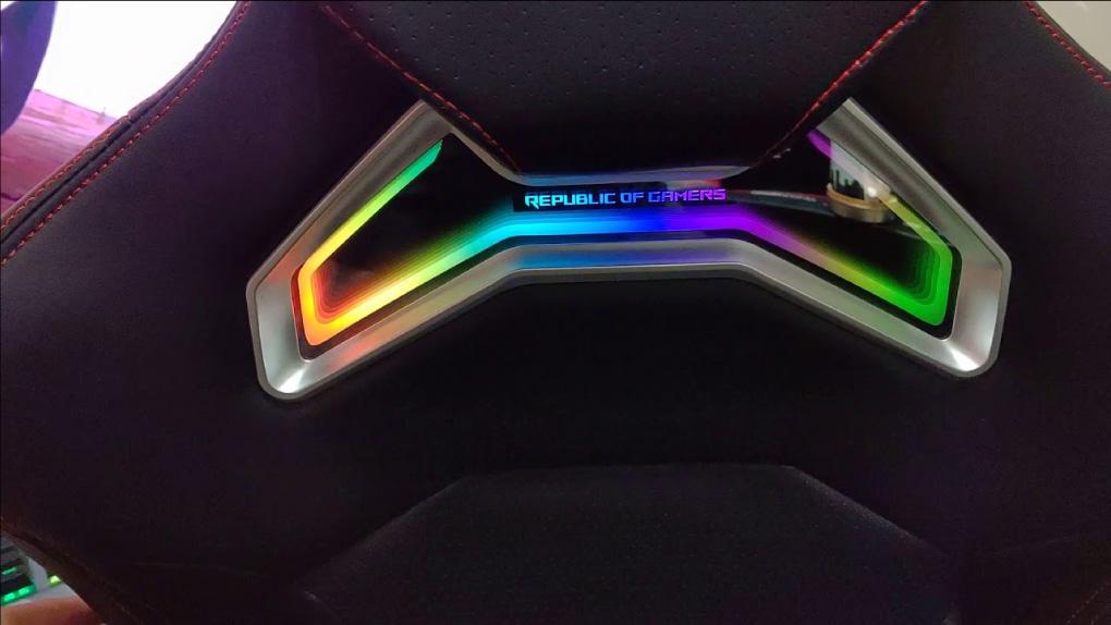 GHE GAMING ASUS ROG Chariot SL300C RGB den Aura RGB