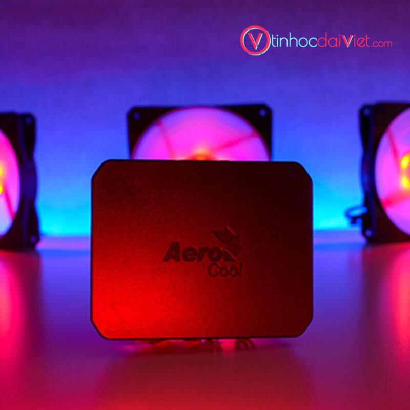 Bo Fan Case Aerocool P7 F12 Pro 3 Fan RGB Sync 3